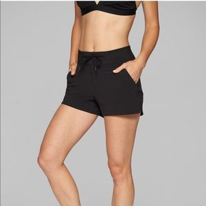 Athleta Hudson Shortie Shorts, Black, 4